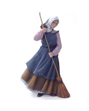 Femme balayant