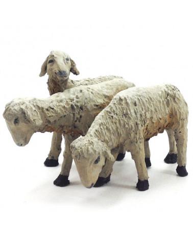 Groupe trois agneaux 16-18 cm.