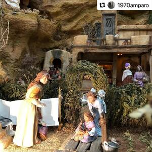 #Repost @1970amparo  ・・・ Detalles del Belén Familiar Villanueva-Zamora 2020/21: El Belén del Recuerdo✨  #pessebre #figuresdepessebre #belenes #adornosnavidad #christmas #presepe #jesus #MontserratRibes #god #jesuschrist #handmade #followforfollowback #love #likeforlike #nice #instagood #amazing #dios #presepi #art #escultura #animals #virgin #shop #cute #baby #share #belem #tbt