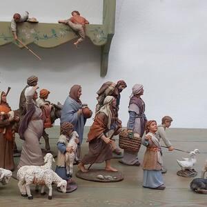 ¡Mañana empieza nuestro congreso! Todos a participar.   Y no os olvideís de visitar y suscribiros al canal de Youtube de Federación Española de Belenistas! https://www.youtube.com/channel/UCV21s2JLvSljRtB9un1SHUQ  @feb_belenistas  #pessebre #figuresdepessebre #belenes #figura #adornosnavidad #christmas #presepe #jesus #MontserratRibes #god #jesuschrist #handmade #followforfollowback #belenesnavideños #love #likeforlikes #nice #christmas #amazing #dios #presepi #art #escultura #photography #virgin #adorable #cute #love #share #belem #navegandoentrebelenes #belenismopatrimoniohumanidad